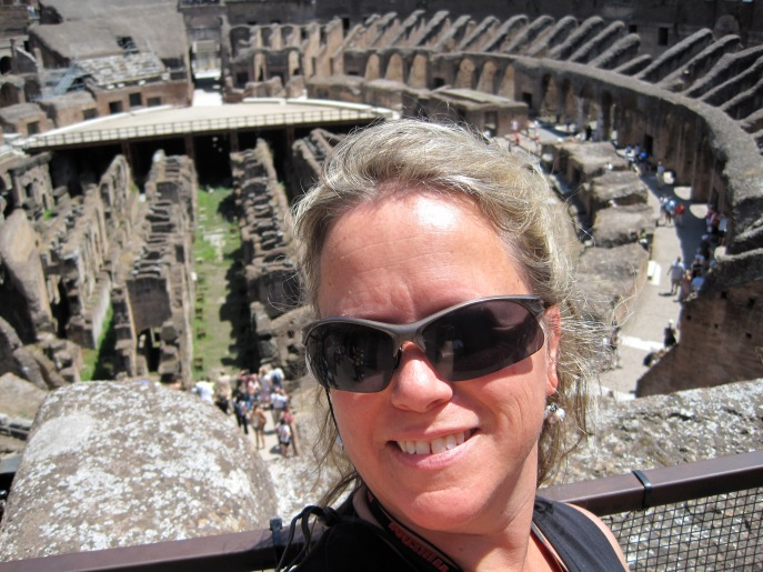 Stephie in Roma. The Coliseum.